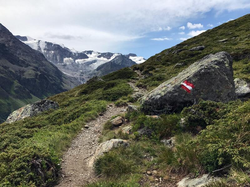 Wegmarkierung am Fuldaer Höhenweg