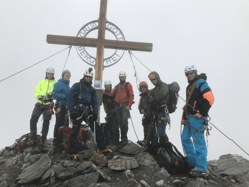 Gipfelfoto an der Weißseespitze