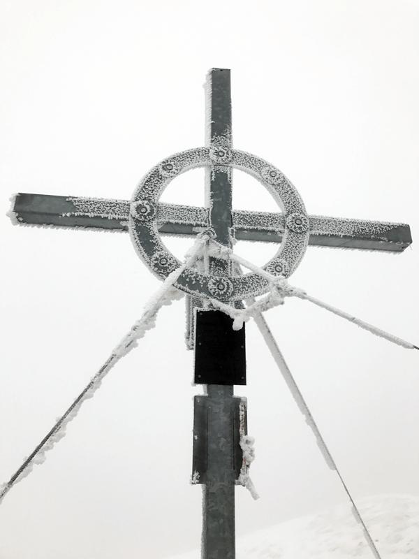 Gipfelkreuz am Fluchtkogel