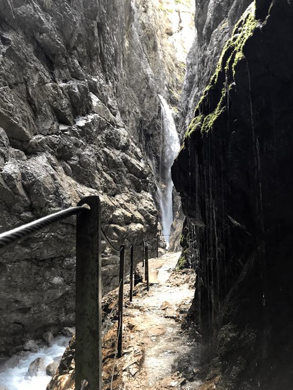 Wasserfall in der Höllentalklamm