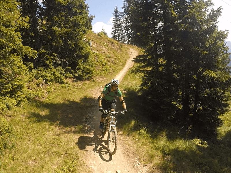 Torben auf dem Weg zum Wurzeltrail