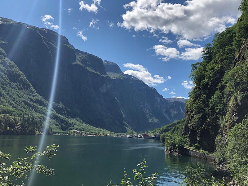 Der beschauliche Ort Gudvangen am Ende des Noreyfjord
