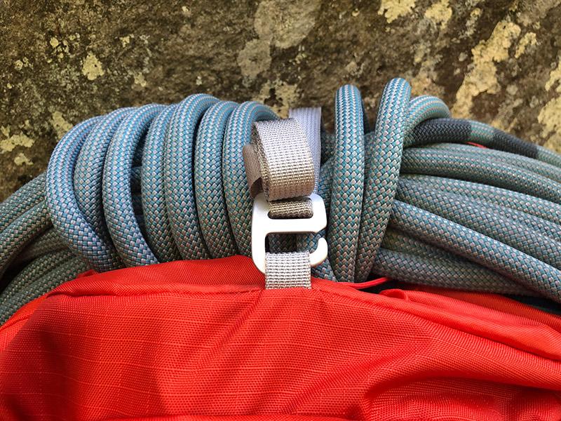 Befestigung für ein Kletterseil