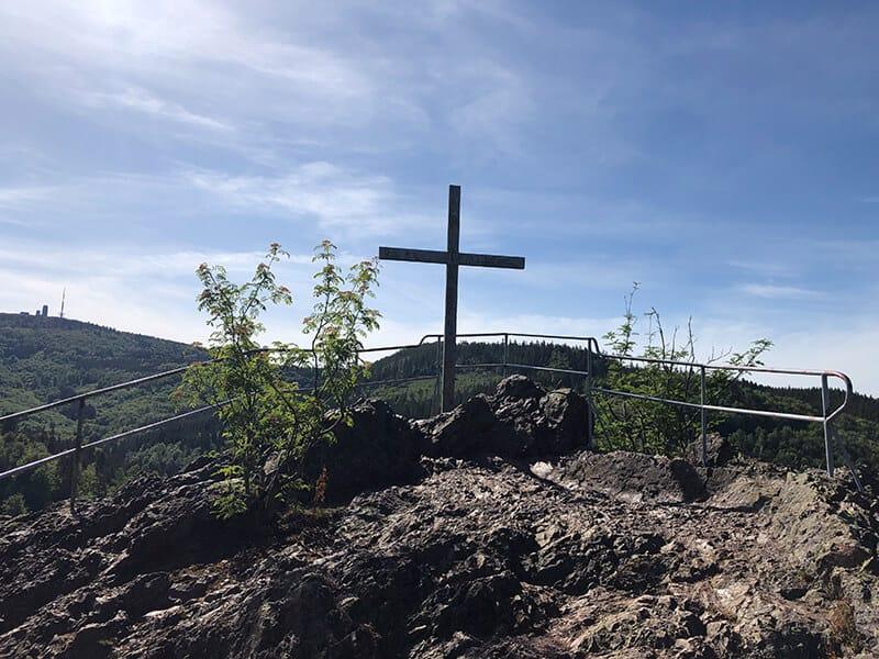 Gipfelkreuz auf dem Aschenbergstein