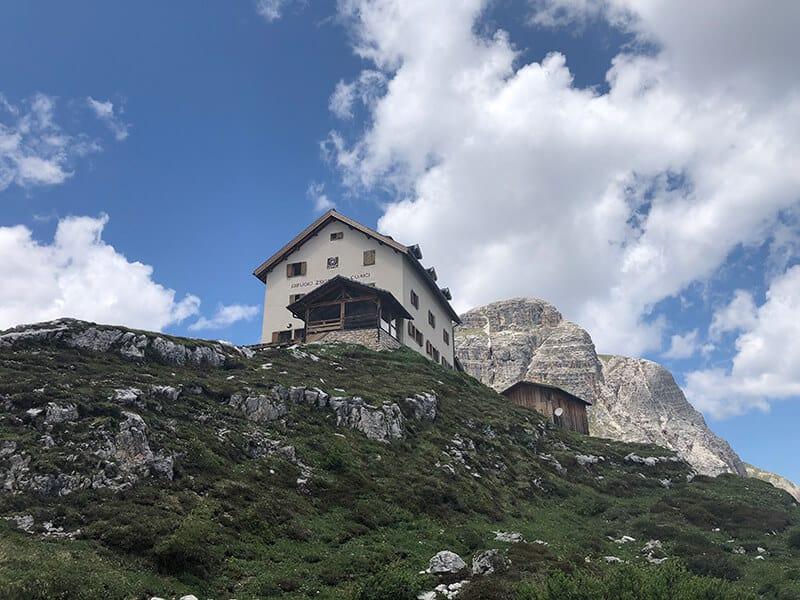 Die Zsigmondyhütte auf 2224 m Höhe
