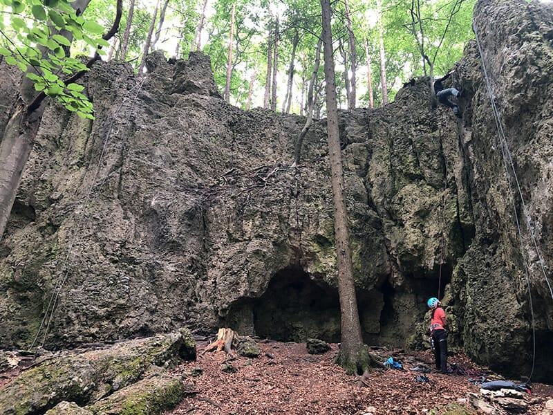 mittlerer Sektor und größere Höhle