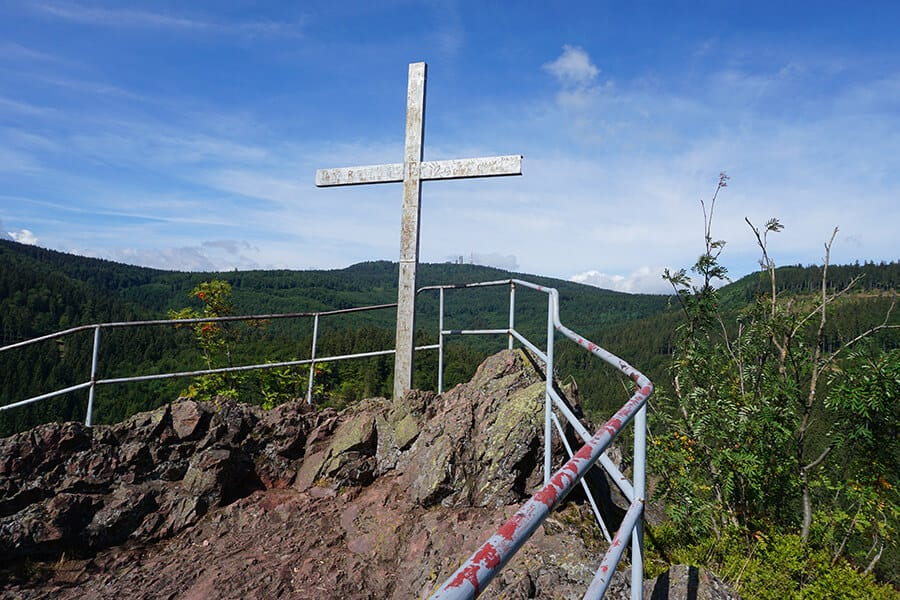 Gipfelkreuz am Aschenbergstein