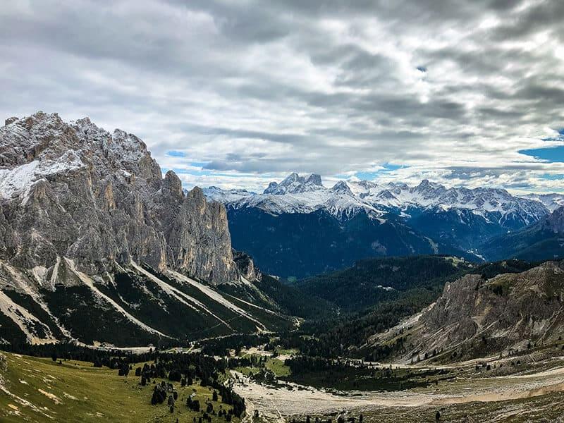 Blick Richtung Valle di Fassa und zur Marmolate