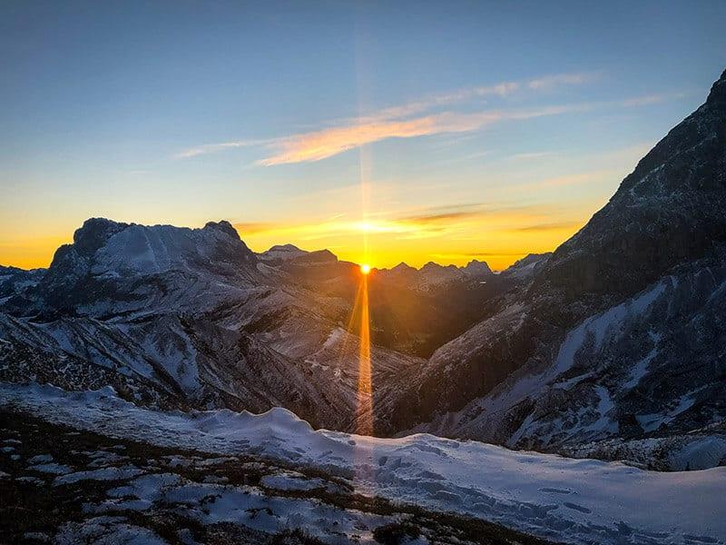 Sonnenaufgang an der Tierser Alpl Hütte