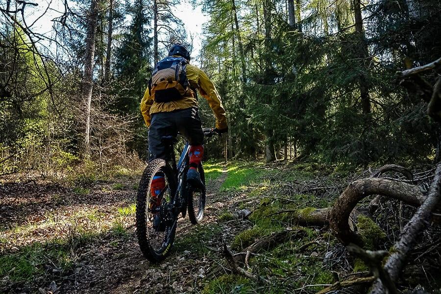 leichter Anstieg am Trail